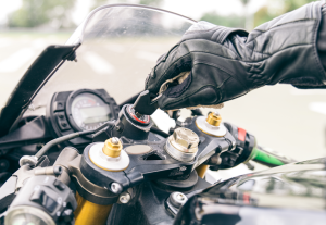 Scooters, R, tourings, enduro… sea cual sea tu opción, existen productos a su medida.