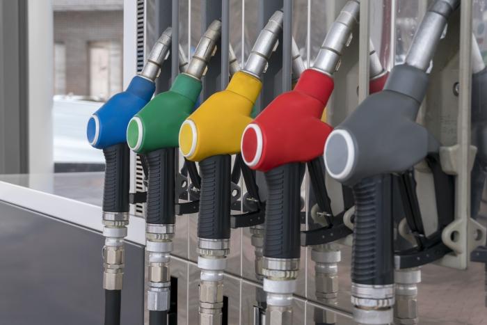 ¿Sabes lo que significan las nuevas etiquetas de los combustibles?