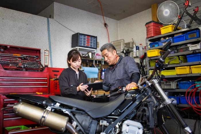 JASO, la normativa sobre aceites que cuida de las motos (I)