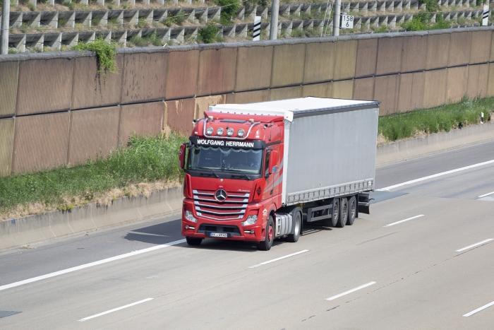 Aceites para vehículos pesados Mercedes-Benz: cómo acertar (2)
